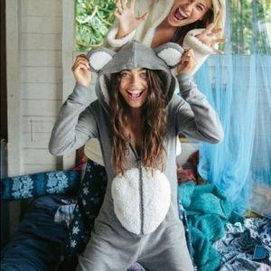 RARE Ariana Grande Bear Mouse Hooded Onesie